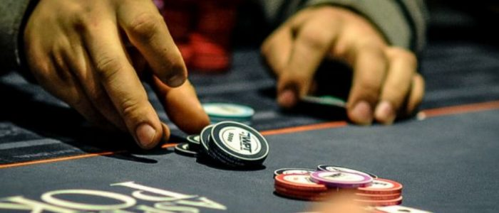 Learn How Online Gambling Affect The Economy