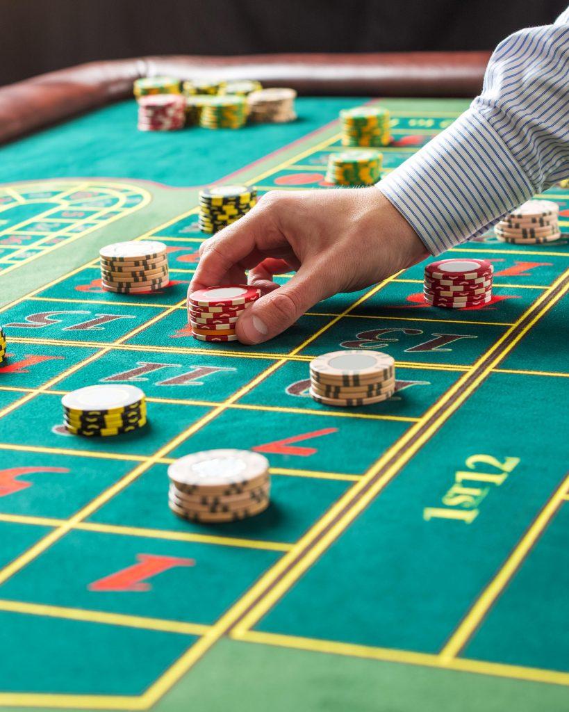 2 player casino games