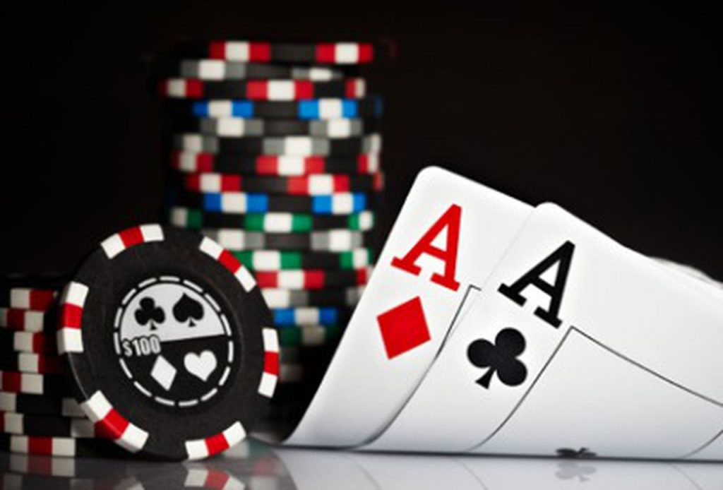 Play Poker Tournaments